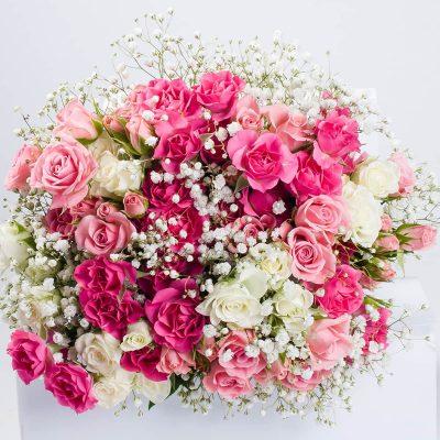 Kytica z trsových ruží rôznych farieb
