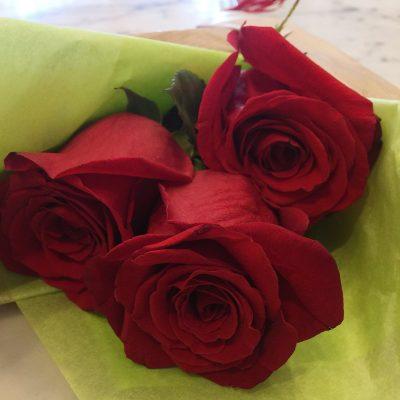 Ruže v hodvábnom balení